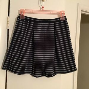 NEW MAX STUDIO Stripe Pull-on Pleat Skirt Large